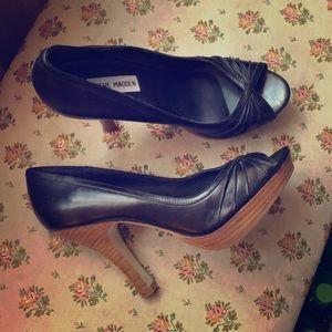 Steve Madden platform peep toe heels